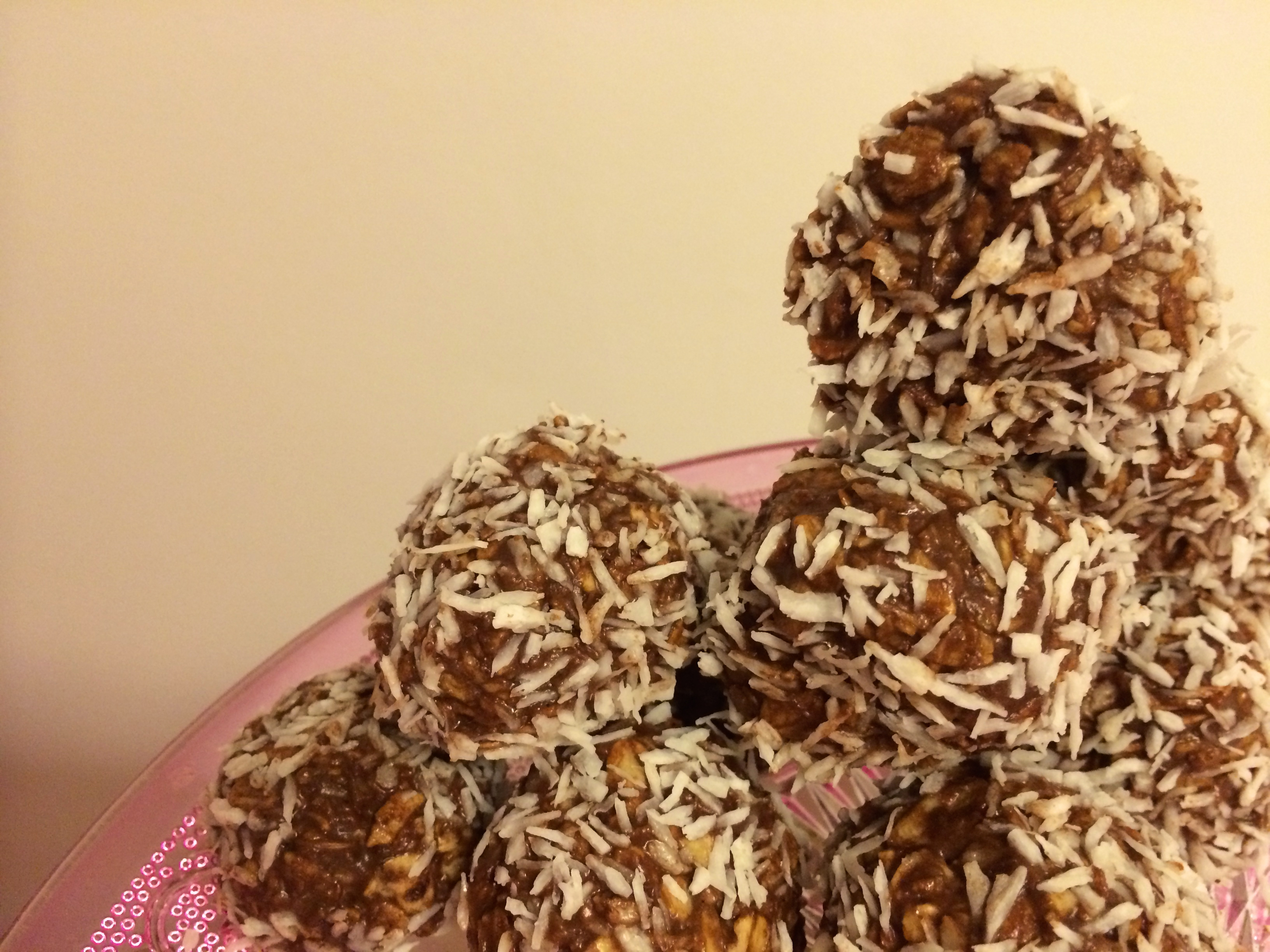Slik lager du sunne havreboller med sjokolade