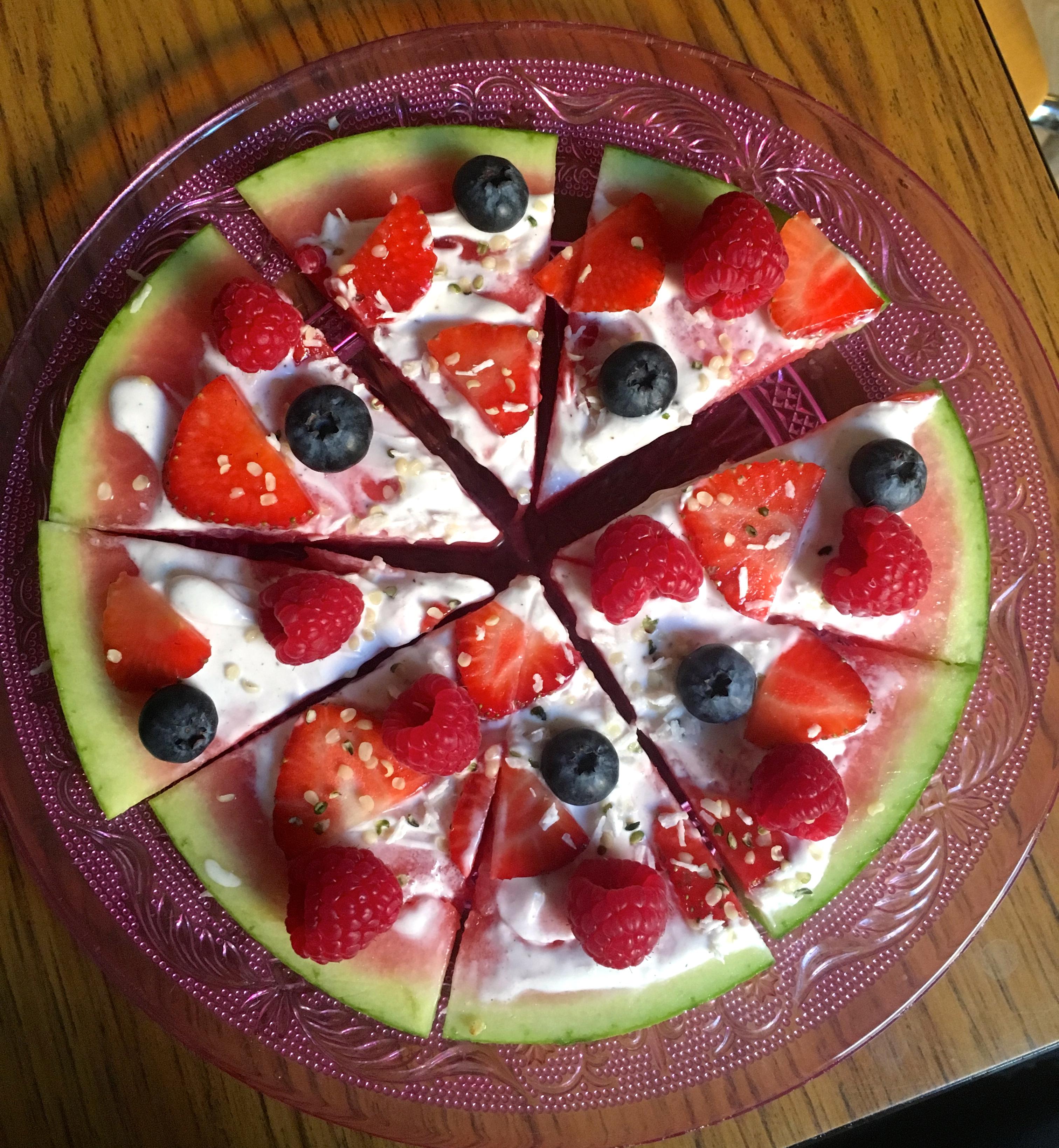 Slik lager du vannmelonpizza