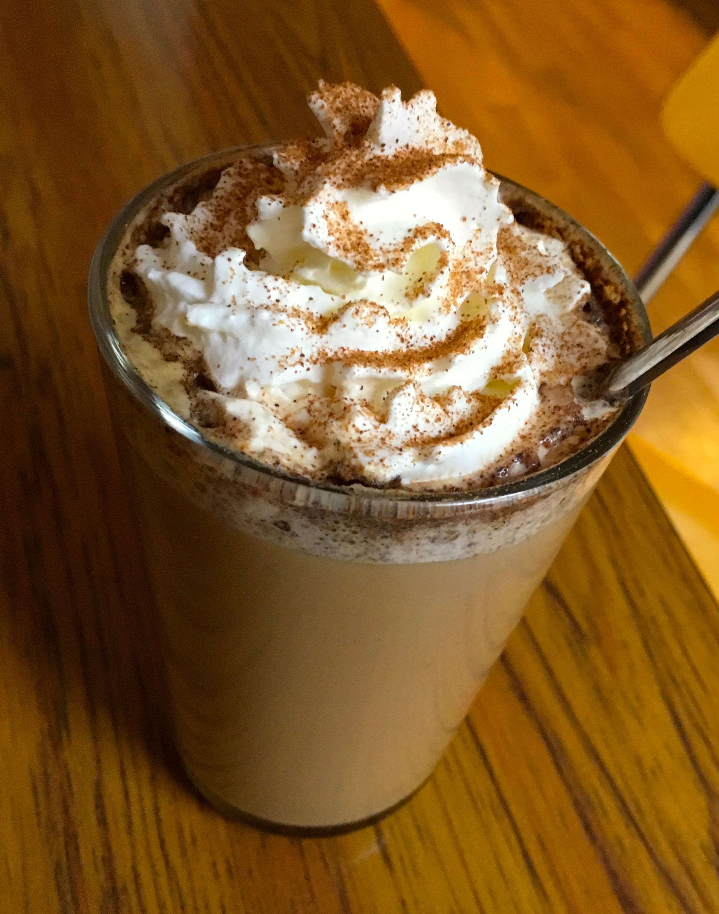 Slik lager du sunnere pumpkin spice latte