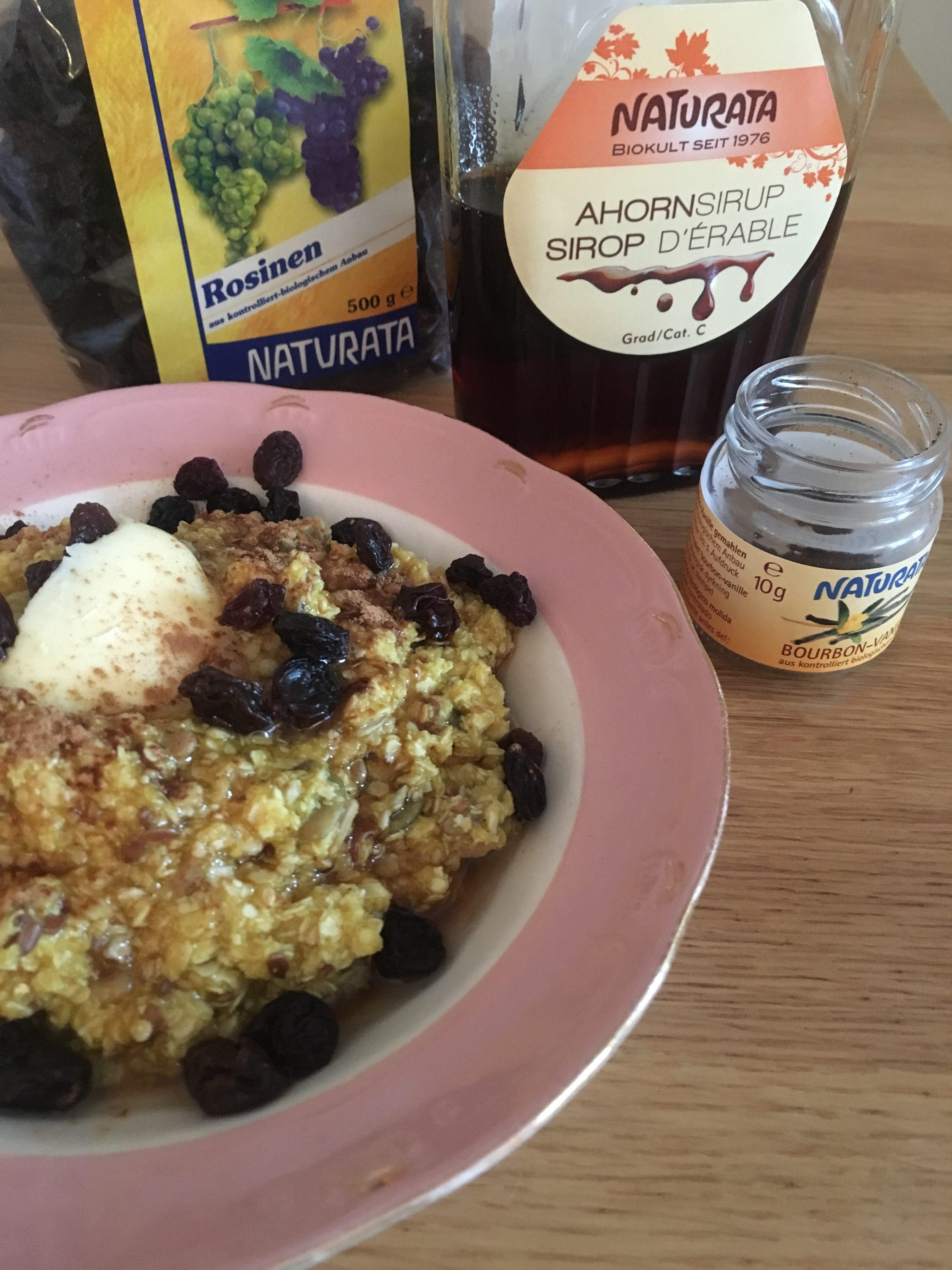 Slik lager du quinoa-grøt med gurkemeie